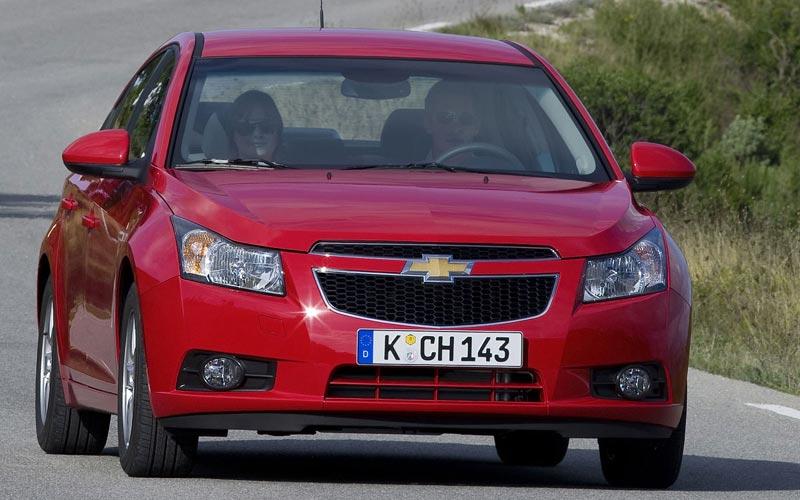 Фото Chevrolet Cruze  (2009-2016)