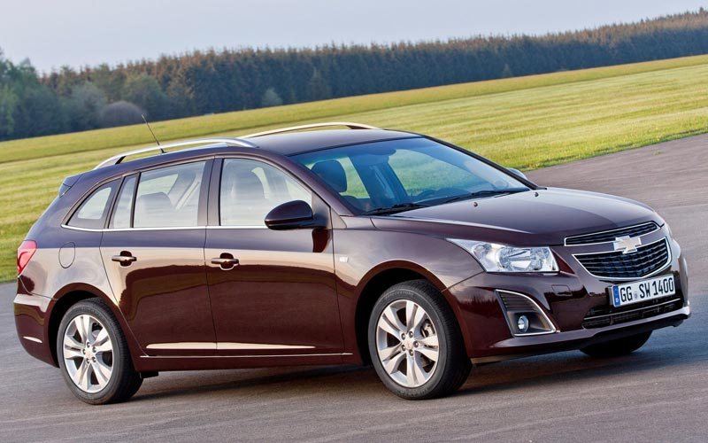 Фото Chevrolet Cruze Station Wagon