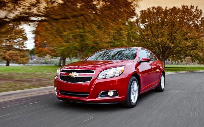 Фото Chevrolet Malibu  (2011-2013)