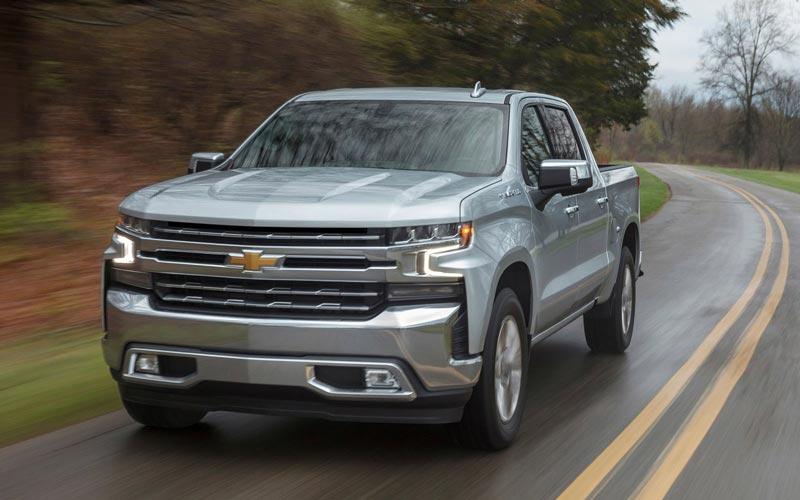 Фото Chevrolet Silverado 2018