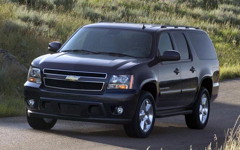 Фото Chevrolet Suburban  (2006-2014)