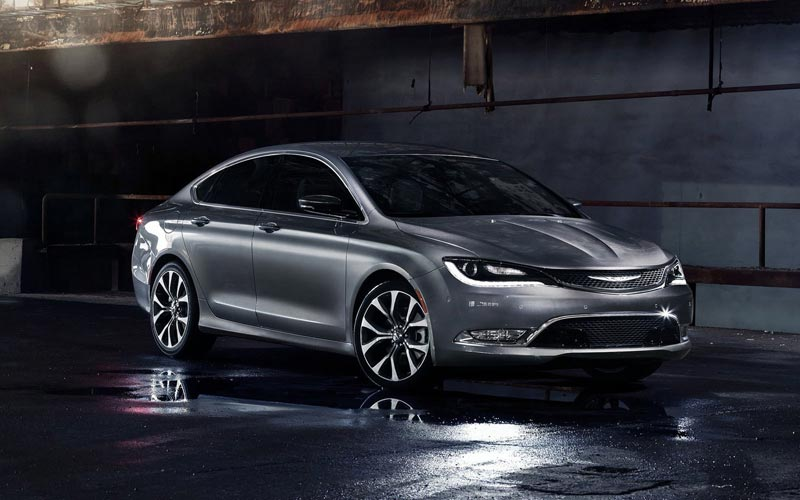 Фото Chrysler 200