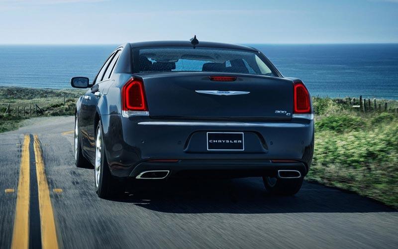 Фото Chrysler 300