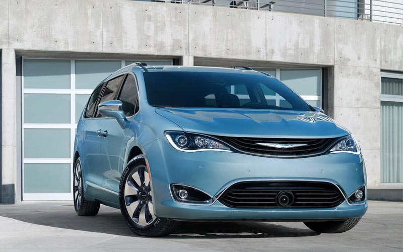 Фото Chrysler Pacifica
