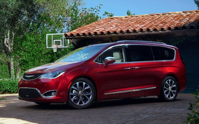 Фото Chrysler Pacifica