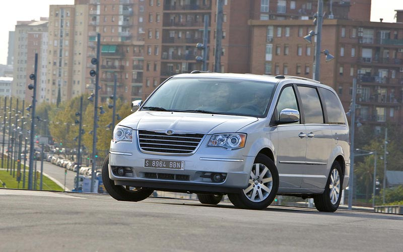 Фото Chrysler Grand Voyager
