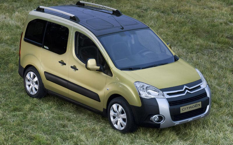Фото Citroen Berlingo  (2008-2015)