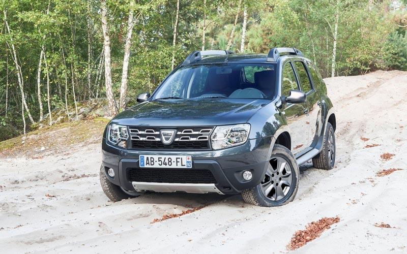 Фото Dacia Duster  (2013-2017)