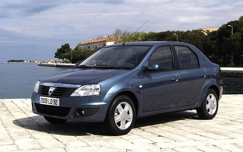 Фото Dacia Logan  (2008-2012)