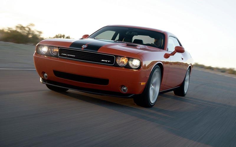 Фото Dodge Challenger  (2008-2014)