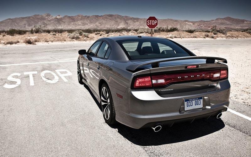 Фото Dodge Charger SRT-8  (2011-2015)