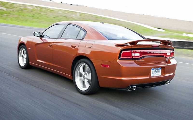 Фото Dodge Charger  (2011-2015)