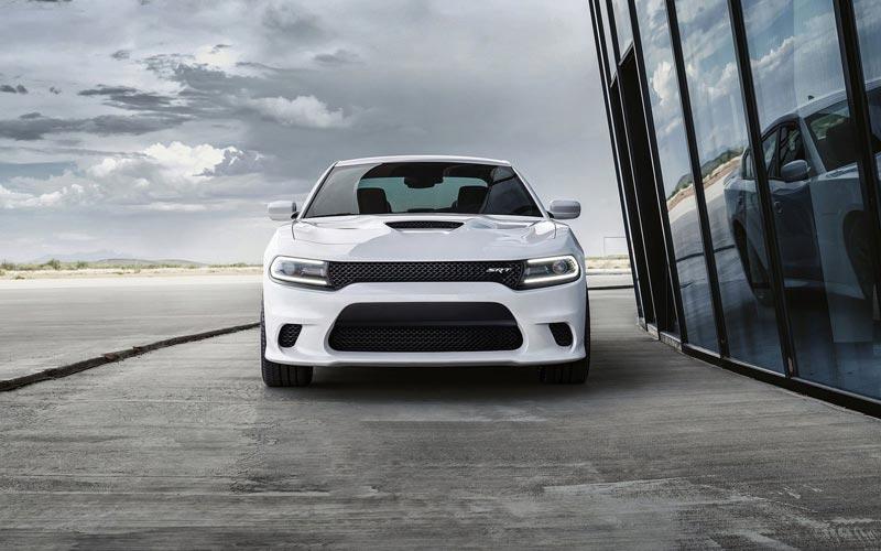 Фото Dodge Charger SRT-8