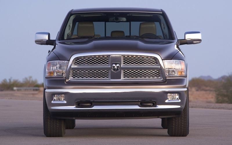 Фото Dodge Ram 1500  (2009-2013)
