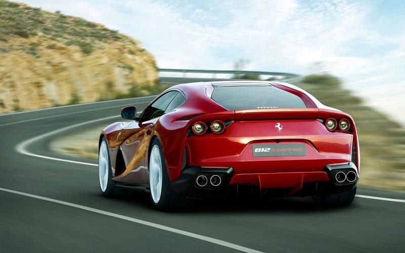 Фото Ferrari 812 Superfast