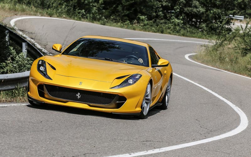 Фото Ferrari 812 Superfast