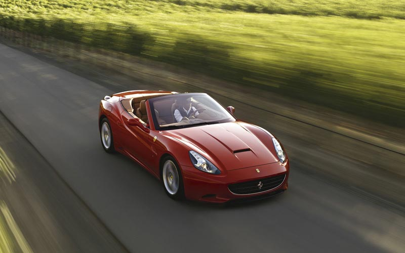 Фото Ferrari California  (2009-2012)