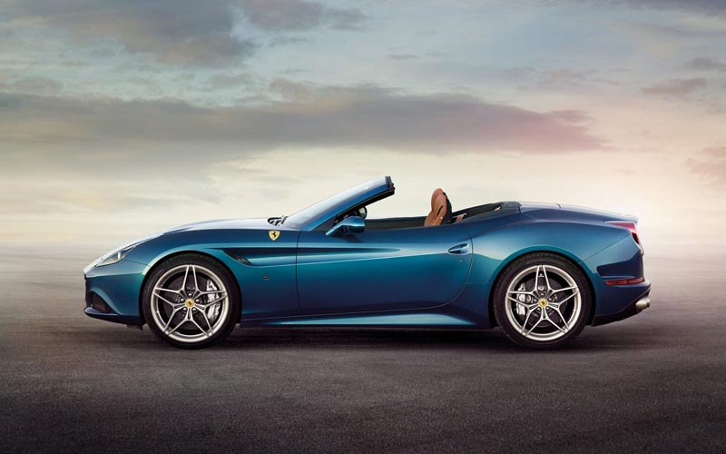 Фото Ferrari California