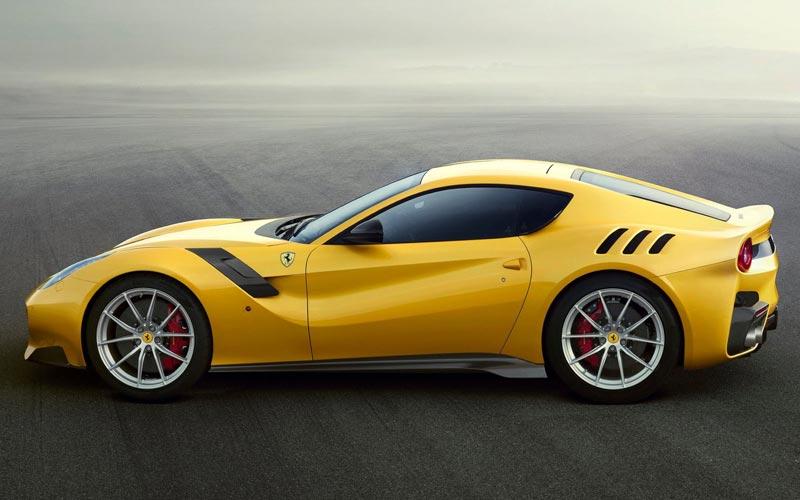 Фото Ferrari F12tdf