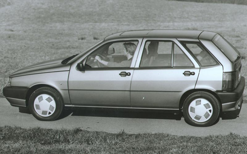 Фото FIAT Tipo  (1988-1993)