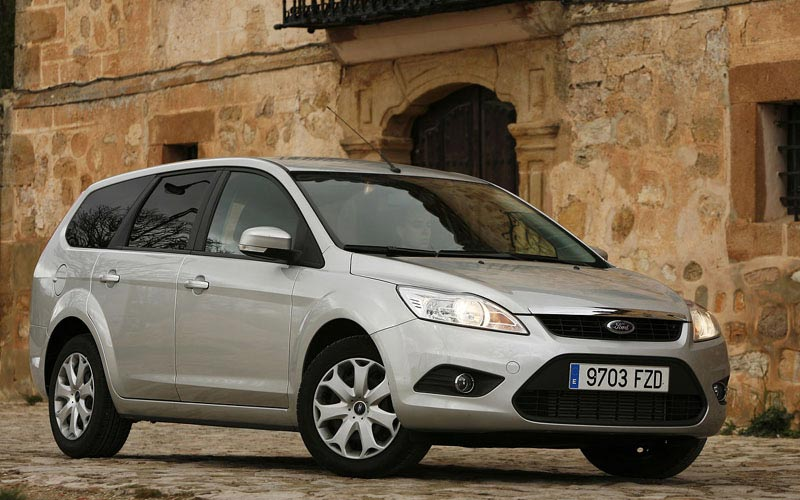 Фото Ford Focus Wagon  (2008-2011)