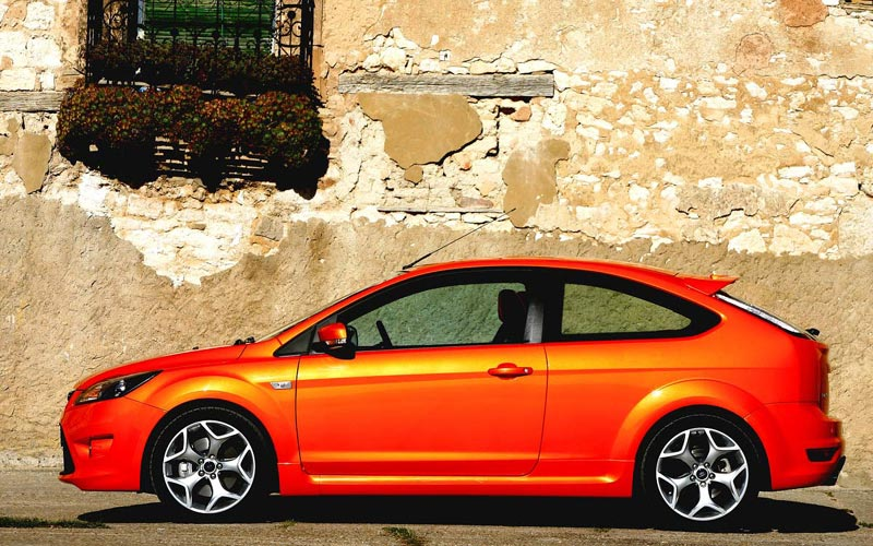 Фото Ford Focus ST  (2008-2011)