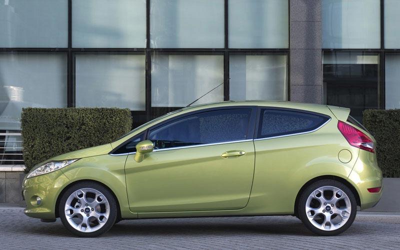 Фото Ford Fiesta 3-Door  (2008-2012)