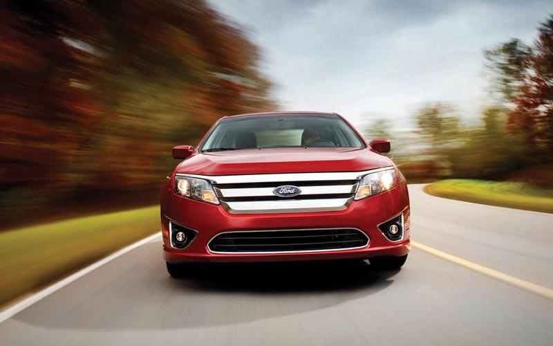 Фото Ford Fusion USA  (2009-2012)