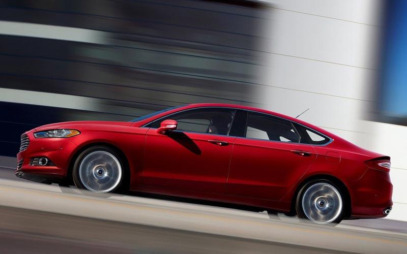 Фото Ford Fusion USA