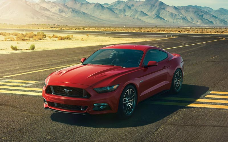 Фото Ford Mustang  (2014-2017)