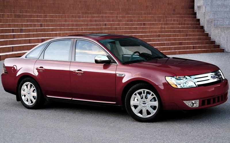 Фото Ford Taurus  (2007-2008)
