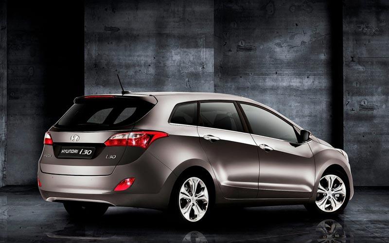 Фото Hyundai i30 CW  (2012-2015)