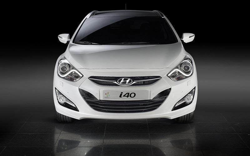 Фото Hyundai i40 CW  (2011-2015)
