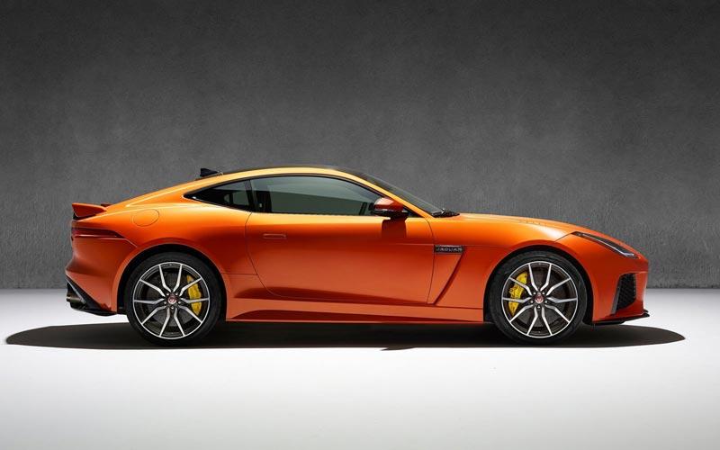 Фото Jaguar F-Type Coupe SVR