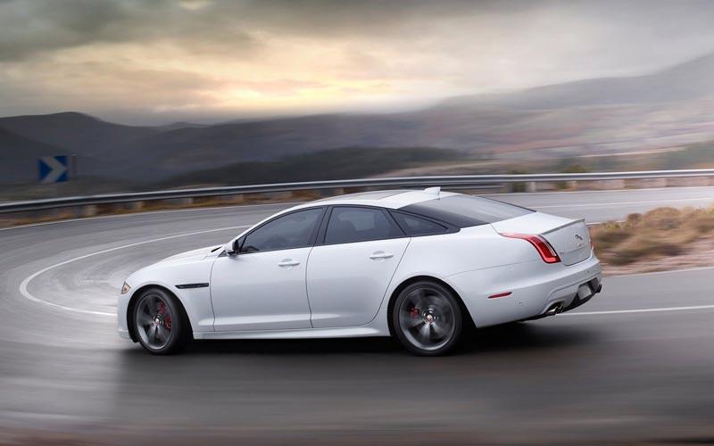Фото Jaguar XJ