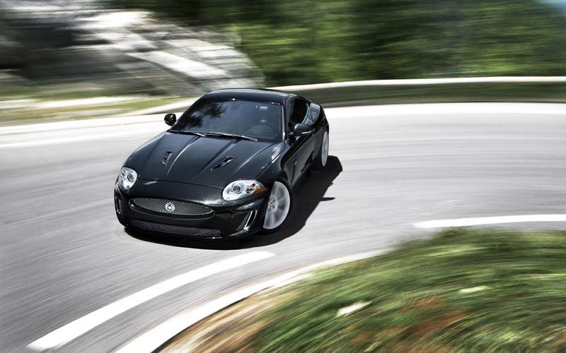 Фото Jaguar XKR