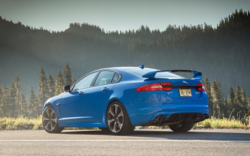 Фото Jaguar XFR-S