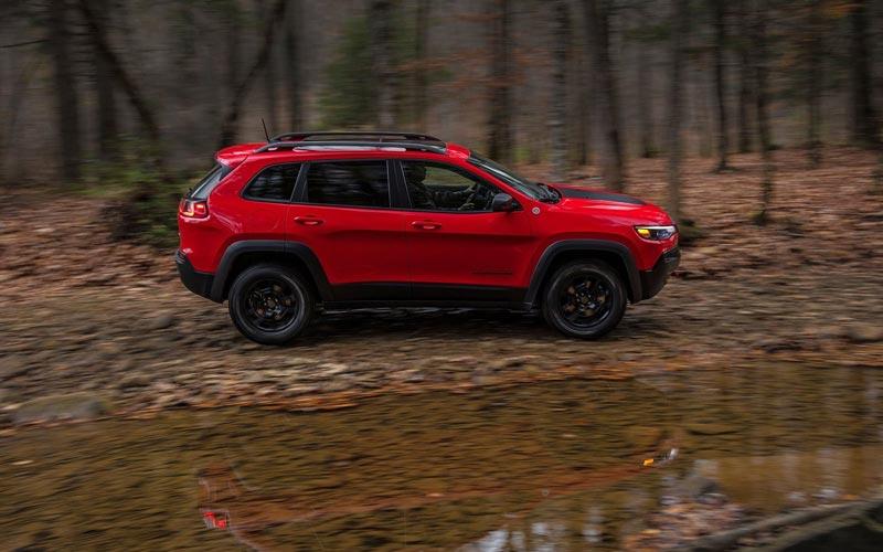 Фото Jeep Cherokee 2018