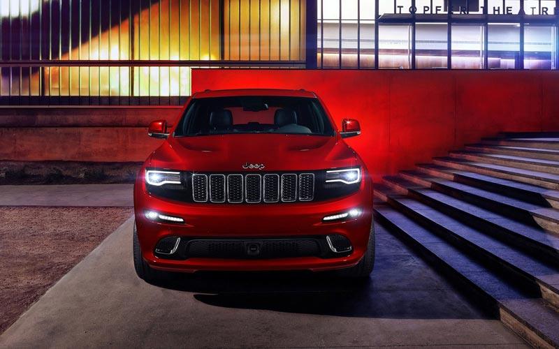 Фото Jeep Grand Cherokee SRT8