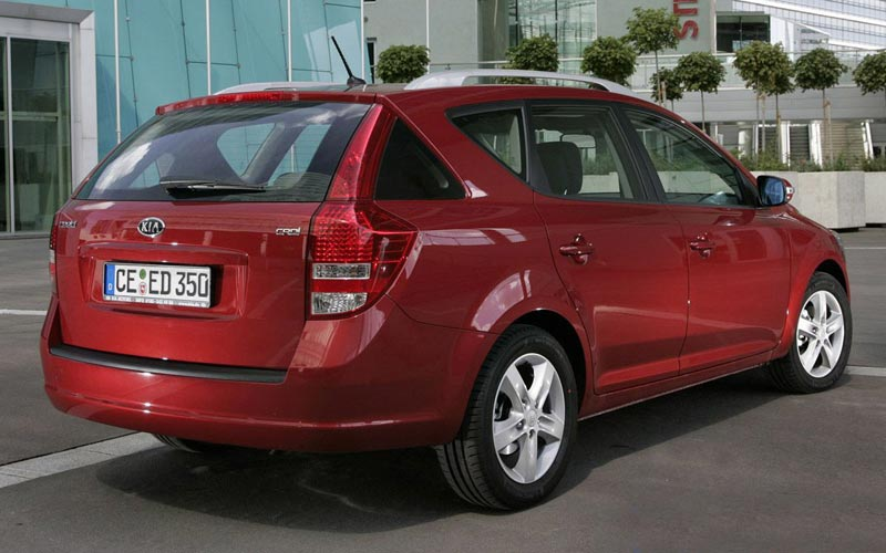 Фото Kia Ceed Sporty Wagon  (2009-2012)