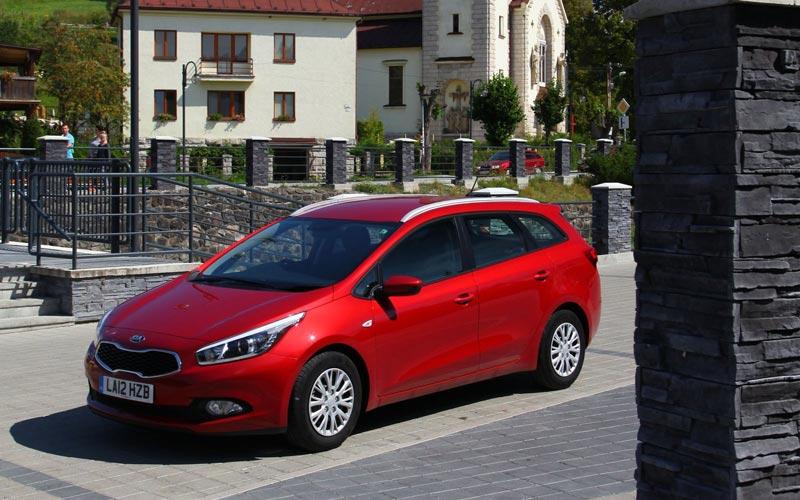 Фото Kia Ceed Sporty Wagon  (2012-2015)