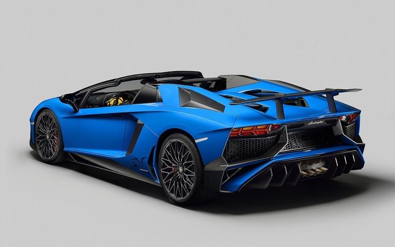 Фото Lamborghini Aventador Roadster SV