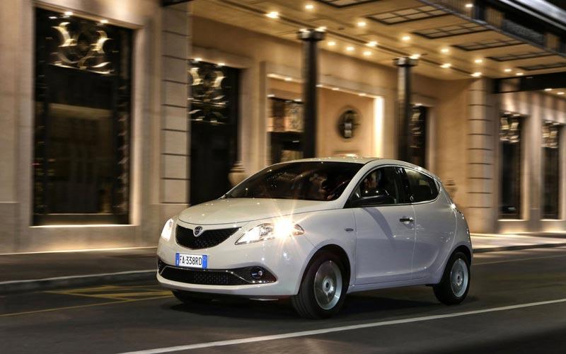 Фото Lancia Ypsilon