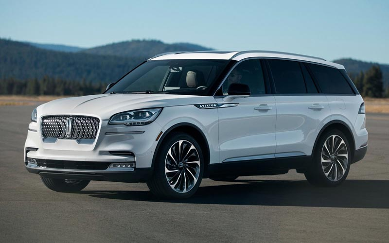 Фото Lincoln Aviator