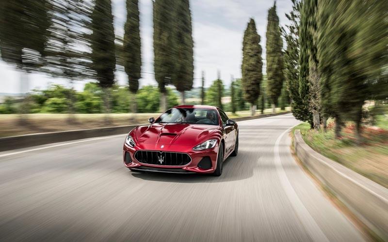 Фото Maserati GranTurismo 2017
