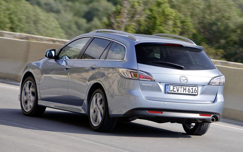 Фото Mazda 6 Wagon  (2010-2012)