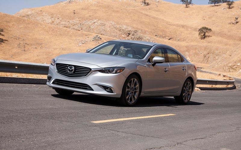 Фото Mazda 6  (2015-2017)