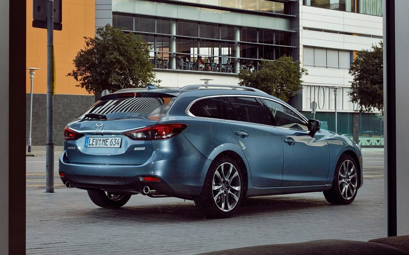 Фото Mazda 6 Wagon  (2015-2018)