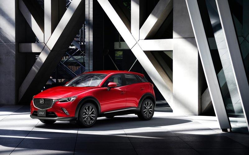 Фото Mazda CX-3  (2015-2018)