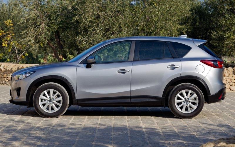 Фото Mazda CX-5  (2012-2015)